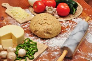 Пицца домашняя рецепт в духовке без дрожжей. 3 начинки для пиццы