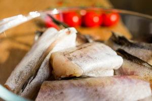 Салат из минтая — рецепт «вкусного» похудения. Пошаговое приготовление с фото