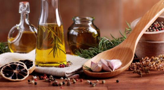 Растительное масло с чесноком
