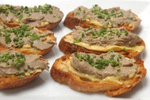 Вкусный и полезный паштет из свиной печени — самый быстрый рецепт. Домашний паштет для всей семьи за полчаса